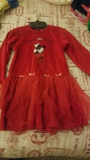 Very cute Minnie outfit size 5 excellent condition asking $4