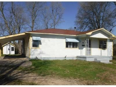 3 Bed 1 Bath Foreclosure Property in Stilwell, OK 74960 - S 5th St