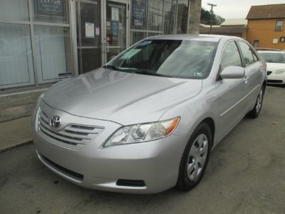 2009 Toyota Camry 4dr Sdn I4 Man LE (Natl)