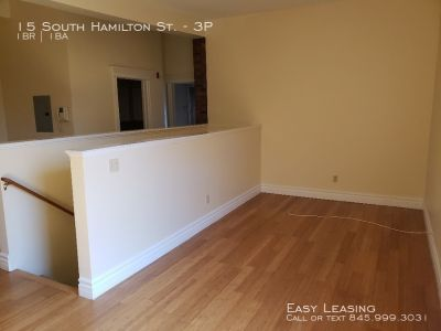 Deluxe 1 Bedroom Apartment with Secure Parking