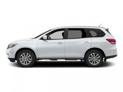 2015 Nissan Pathfinder S (Glacier White)