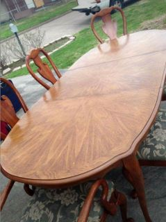 8 pc Queen Anne Dining Table