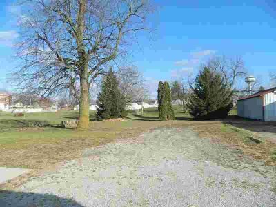 104 S Pike Anna, Excellent exposure in a quiet community.