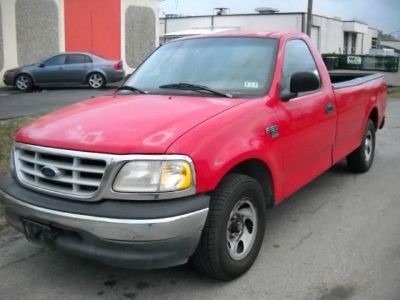 $2,899, 1999 Ford F-150 Reg Cab 120 Excellent Condition Truck