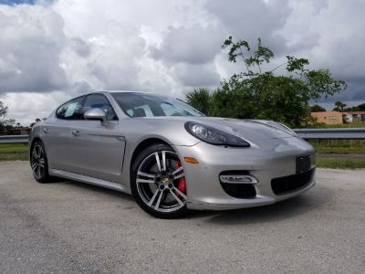 2012 Porsche Panamera Turbo (Platinum Silver Metallic)