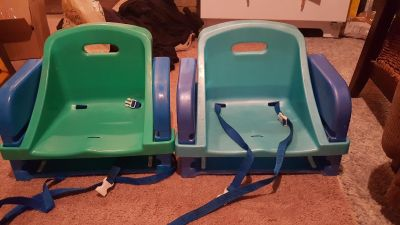 2 booster seats
