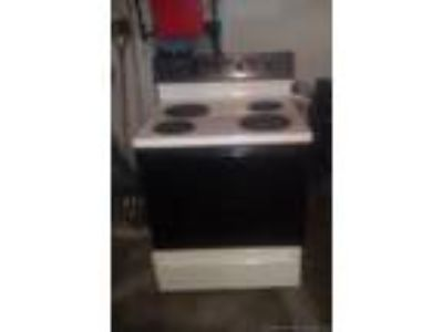 electric stoves and refridgerator all in good condition for