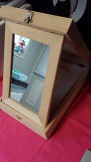 13x9 wooden box opens up to me mirror