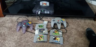 N64 with 2 controls and 6 games
