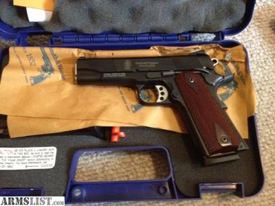 For Sale: Smith and Wesson 1911 PD