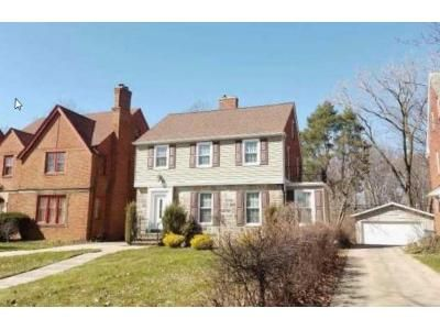 3 Bed 1.5 Bath Foreclosure Property in Cleveland, OH 44118 - Washington Blvd