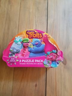 Trolls 3 puzzle pack in tin