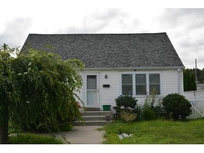 2 Bed 1 Bath Preforeclosure Property in Johnston, RI 02919 - Waterman Ave