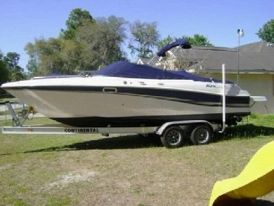 2002 Four Winns 240 HORIZON Boat