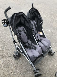 Evenflo Minno Twin Double Stroller-Very Nice
