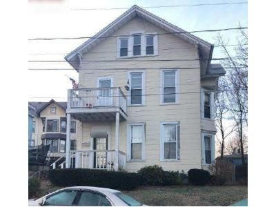 4 Bed 2 Bath Foreclosure Property in Meriden, CT 06450 - Crescent St