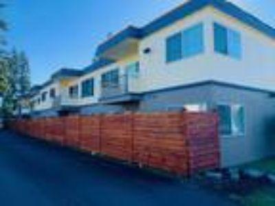 Fiesta Manor 7111 47TH Ave NE Marysville, WA 98270