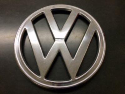 """VW-Bay Window Bus-Front Chrome Emblem-10"""""""