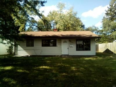 3 Bed 1 Bath Foreclosure Property in East Saint Louis, IL 62206 - Saint Paul Dr