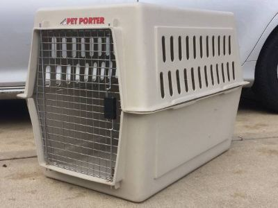 "DOG CRATE LARGE KENNEL 36""x24""x26"" Pet Travel Plastic"