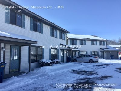 3 Bed 1.5 Bath - Townhouse - Washer/Dryer- Single Stall Garage  - Water + Trash included!