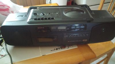 SONY Boombox FM stereo Cd player cassette