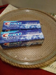 New Crest 3D White Foaming Clean Toothpaste