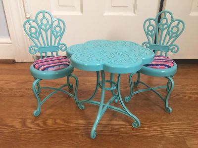 Bistro table and chairs for 18 American girl sized doll GUC