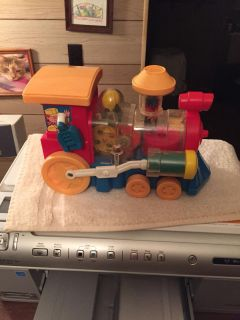 Wind up rolling train