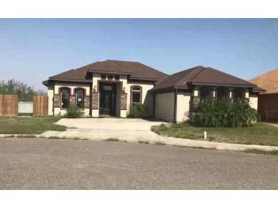 3 Bed 2.5 Bath Foreclosure Property in Hidalgo, TX 78557 - E Coma Ave