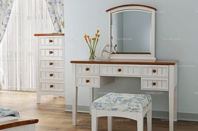 Mediterranean Style Solid Wood Dresser and Mirror Set