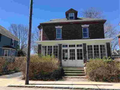 7 Sylvan ST Newport, Great Five BR with lots of room for