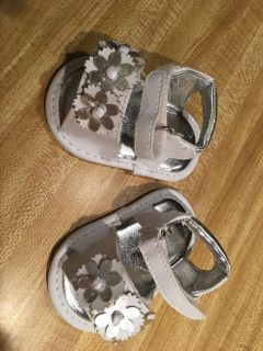 Cute sliver and white flower sandals