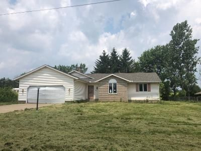 3 Bed 2.5 Bath Preforeclosure Property in Louisville, OH 44641 - Francesca St