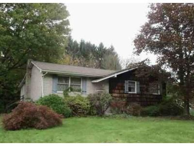 3 Bed 2 Bath Foreclosure Property in Beaver, PA 15009 - Barclay Hill Rd
