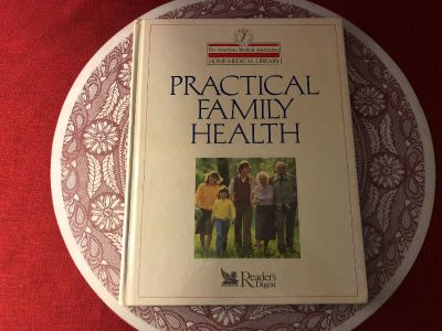 Reader s Digest/AMA - Home Medical Library: Practical Family Health. Hard Cover