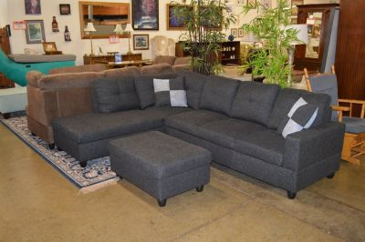 Gently Used Sectional w/ chaise and storage ottoman