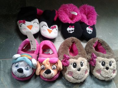 Lot 4 Toddler Girls S M Slipper Socks Shoes 5 6 7 8