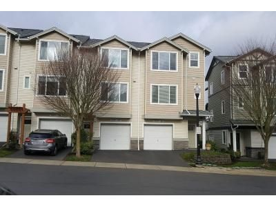 2 Bed 3 Bath Preforeclosure Property in Beaverton, OR 97007 - SW Mallard Dr Ste 106