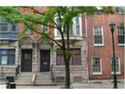 Charming One BR Condo For Rent - 1017 Spruce Street, # A - Available July 27