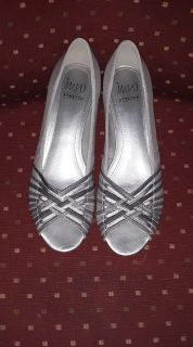 SIZE 10/SILVER FLATS