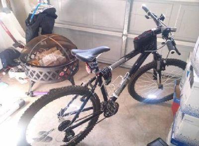 $300 OBO Diamondback Response Sport mountain bike