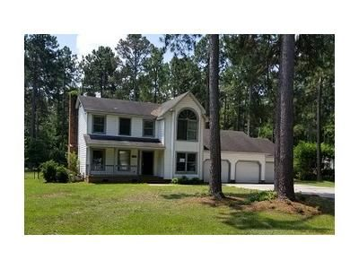 4 Bed 2.2 Bath Foreclosure Property in Laurinburg, NC 28352 - Fairway Dr