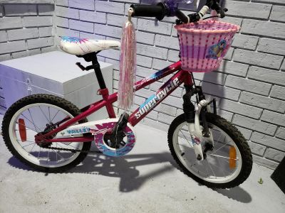 """16"""" girls Valley Supercycle bike"""