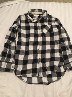 Cat and Jack shirt size 6/6x