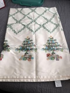 Christmas Table Cloth. 5 ft by 7 Ft