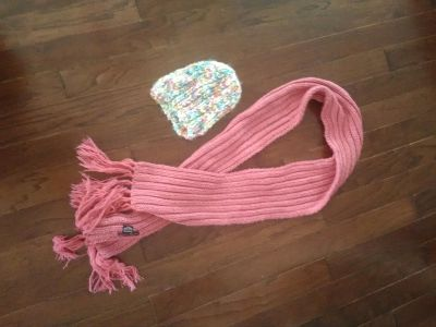 Long scarf with hat