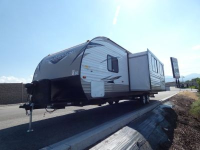 2019 Forest River RV Wildwood X-Lite 271BHXL