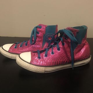 Unique teal and shiny magenta Converse All Stars women s size 6