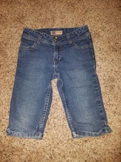Faded Glory Jean Shorts/Crops Size 6X